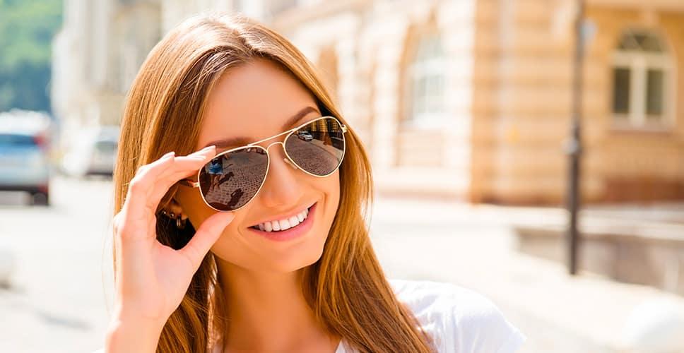 come proteggere gli occhi d'estate